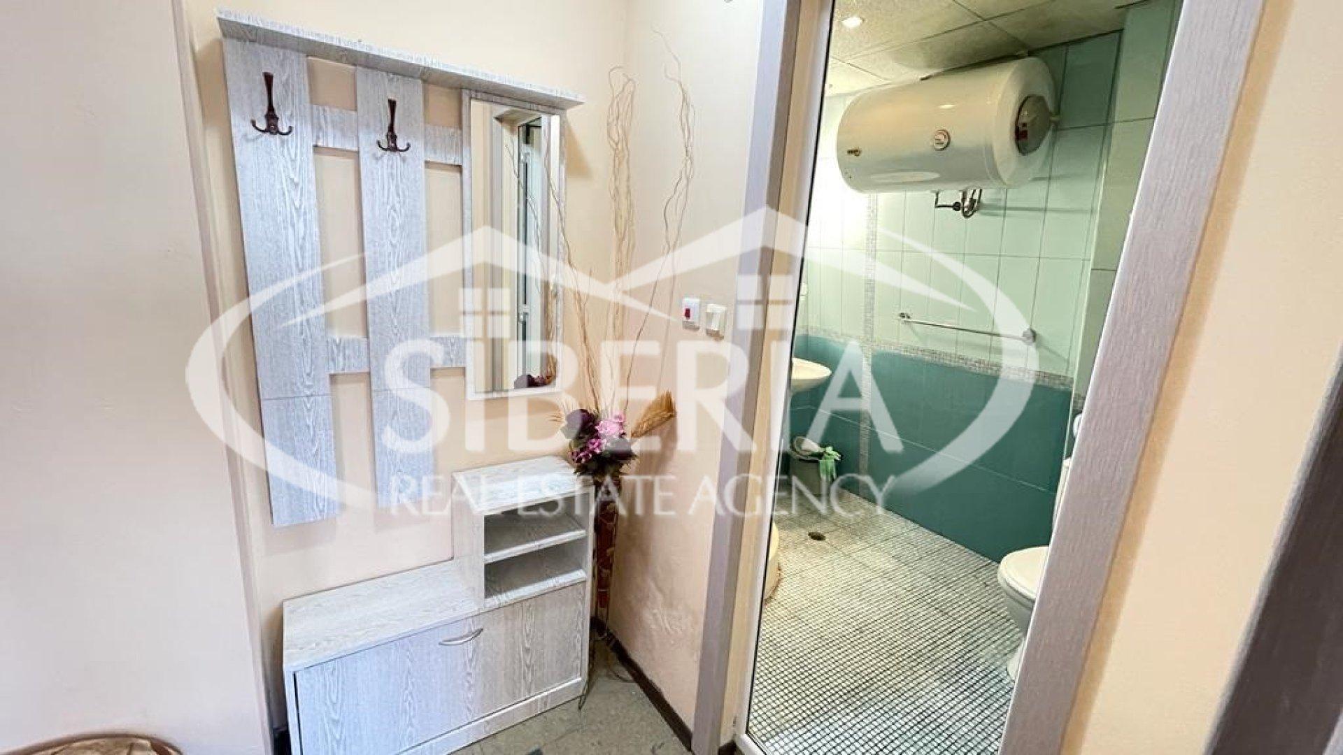 Малък двустаен апартамент в Созопол